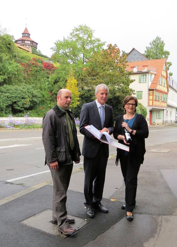 Unterschriftenübergabe an Dr. Jürgen Zieger